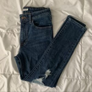 Levis High Rise Skinny Jean 721